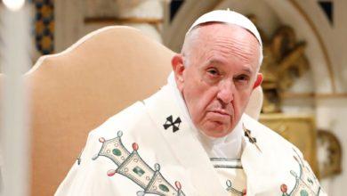 Photo of Poláci mají současného papeže za zrádce a kacíře