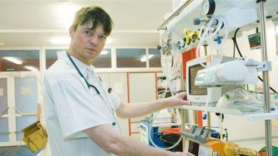 """Photo of Lékař Lukáš Pollert: """"Koronavirus má stejný průběh jako chřipka, roušky jsou zbytečné a média přestřelila"""""""