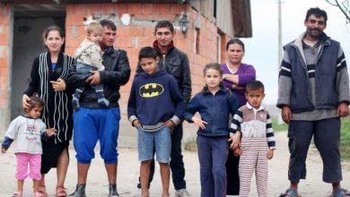 Photo of Vážení aktivisté z AI, co kdyby si každý z vás vzal pod patronát jednu cikánskou rodinu?
