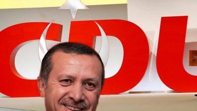 Photo of Erdogan sa spokojne usmieva – má Nemcov presne tam, kde chcel