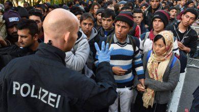 Photo of Nový nemecký zákon robí z policajtov bezbranných fackovacích panákov a muslimskí kriminálnici – migranti sa len rehocú