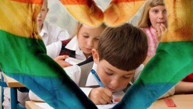Photo of Po pindíkovi a pipince píšou děti milostný dopis LGBT