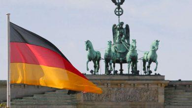 """Photo of Historik: Němci si na Češích léčí mindrák. Braňme se! Marx nás viděl zhruba jako Hitler. Rudá armáda nás neosvobodila, ,,pouze"""" nám zachránila život. Zde je pravda"""