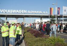 Photo of Na Slovenskej štátnej pomoci sa nabalil Volkswagen i J&T