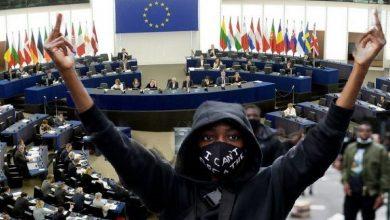 Photo of Europarlament přijal pokryteckou deklaraci proti rasismu která je však silně rasistická!