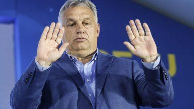 Photo of Viktor Orbán: Maďarsko nevěří v mírumilovné soužití s paralelními společnostmi, zkušenosti ukazují, že migranty nelze integrovat do společnosti